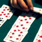 Che cosa strana è il mondo   27    – Giocare a carte scoperte